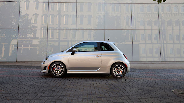 Fiat 500 Turbo side