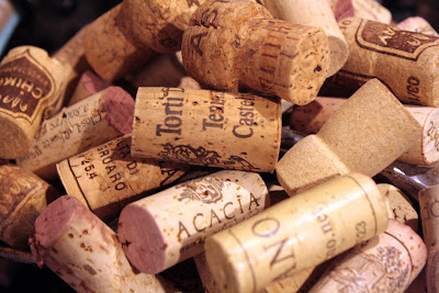 Corks, oh the possibilities - tipsyterrier.blogspot.com