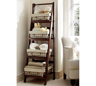 Decorating with ladders 25 creative ways the cottage market for Bathroom decor ladder