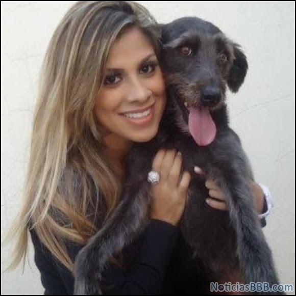 Vanessa Mesquita - Cachorra - Gostosas BBB14