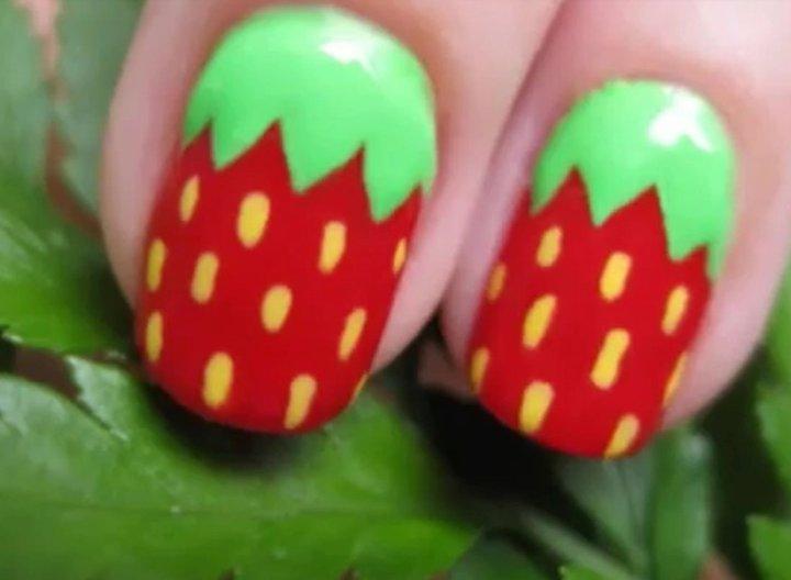 Menghias Kuku Sendiri I Trik membuat kuku strawberry
