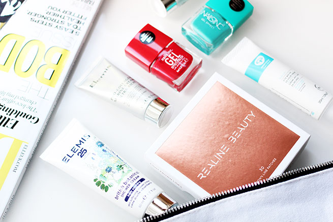 Beauty blogger reviews the Love Me Beauty Box | June 2015 Edition