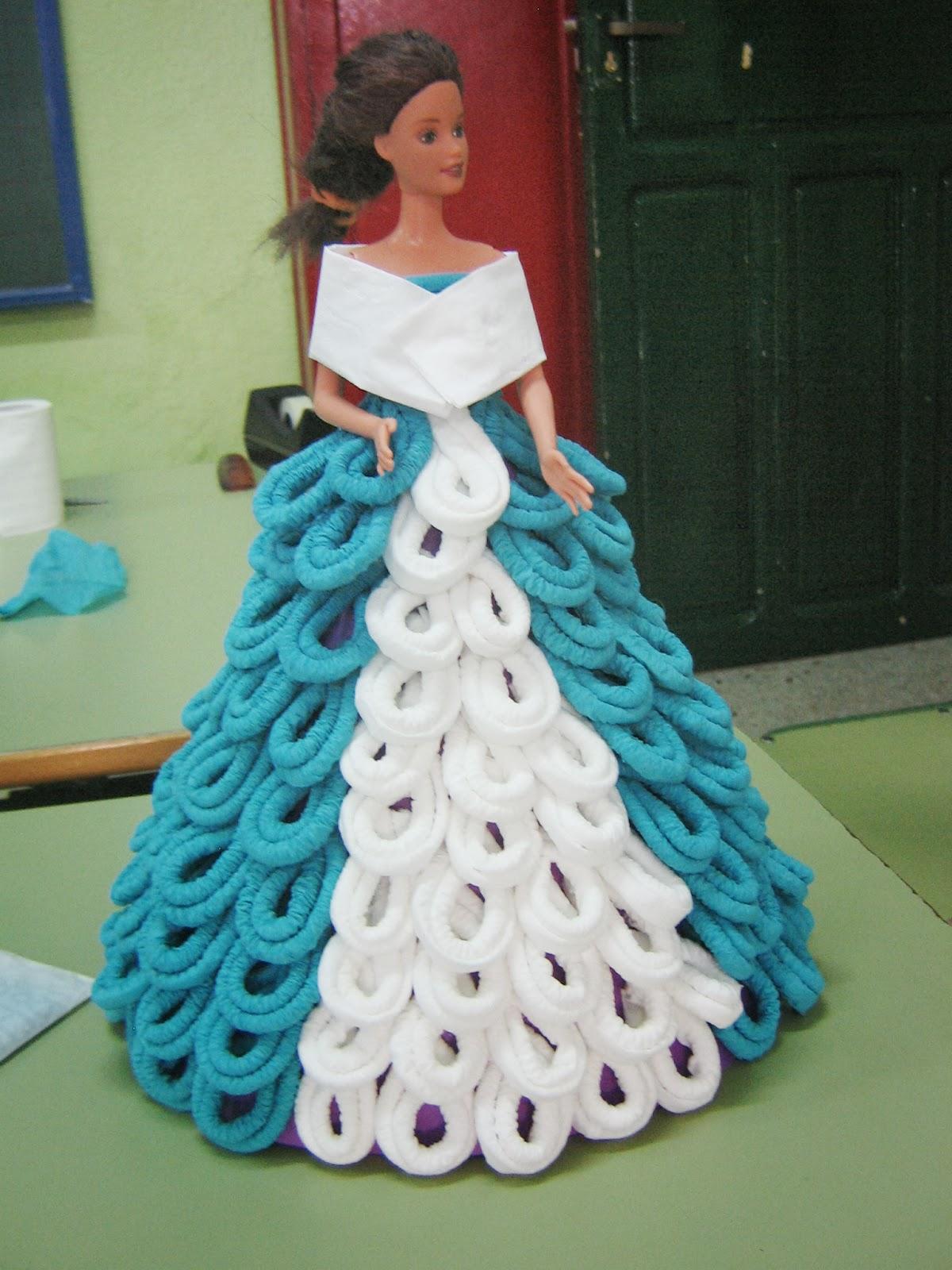 Aula matinal vestido para mu eca con papel de servilletas - Origami con servilletas ...