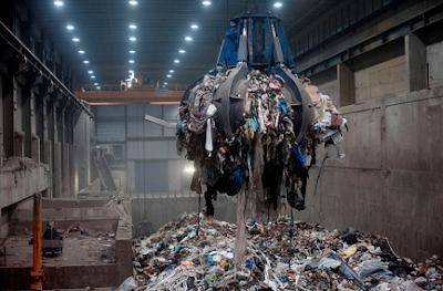 sampah di swedia