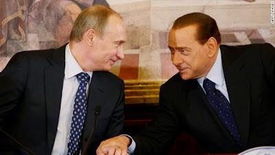 Berlusconi, miembro de la logia masónica P2 (Propaganda Due) Sb_5