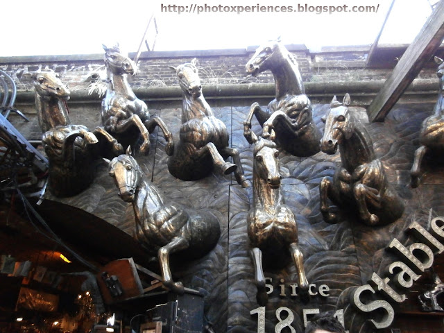 The Stables Market. Since 1851. Camden, London. El Mercado de los Establos. Desde 1851. Camden, Londres.