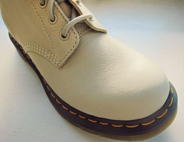 Dr Martens Ivory Elk 1460 Boots