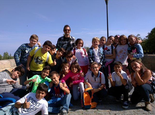 We are Year 6B / Somos 6ºB