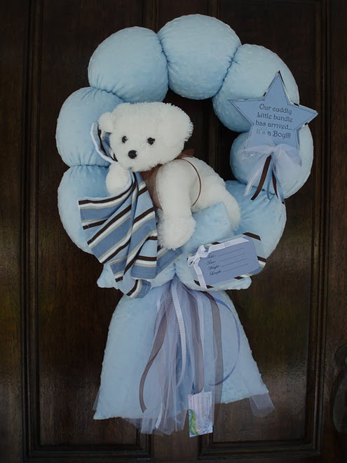 33. Blue puppy with stripe blanket Wreath