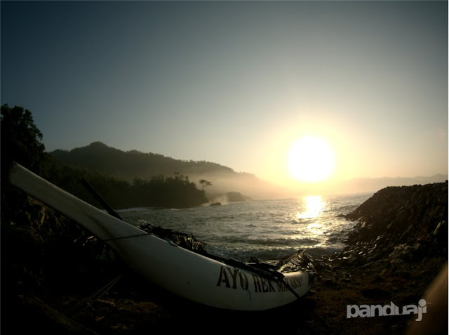 Sunrise di Pantai Kowang