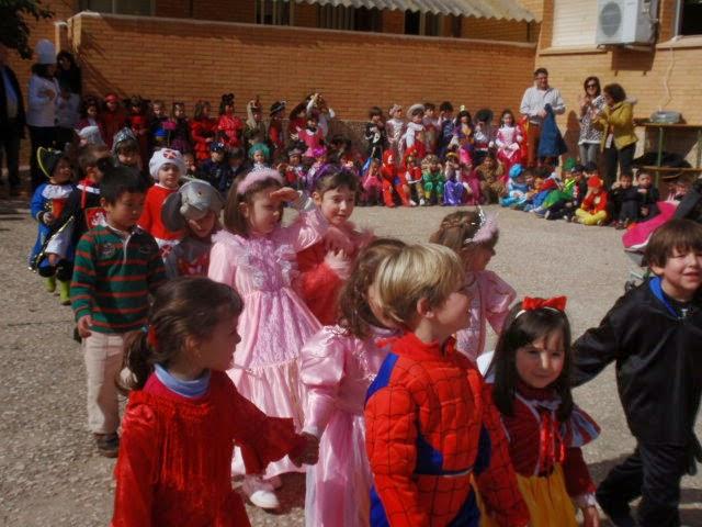 Desfile de carnaval 2014 en el Colegio Público Moctezuma