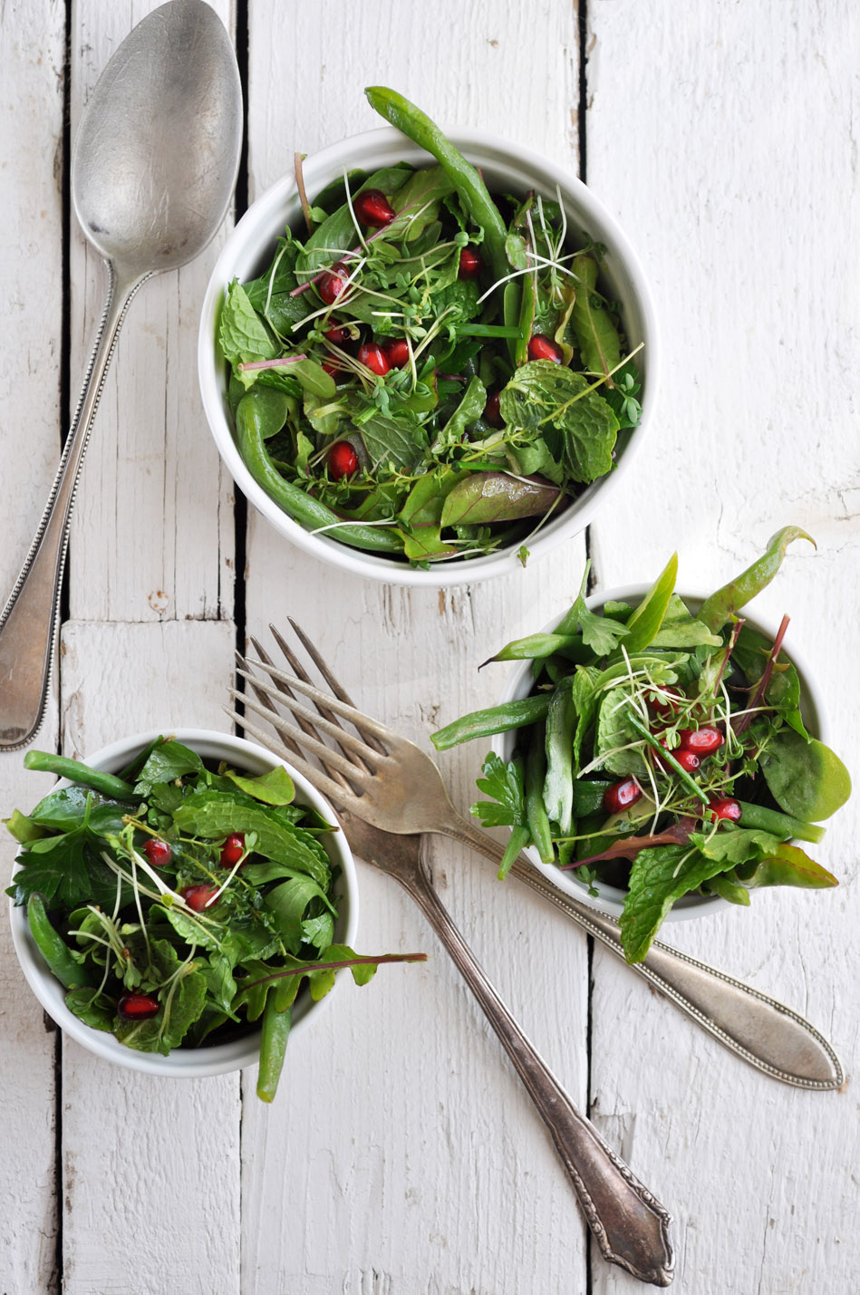 Herb Salad with Green Beans and Pomegranates