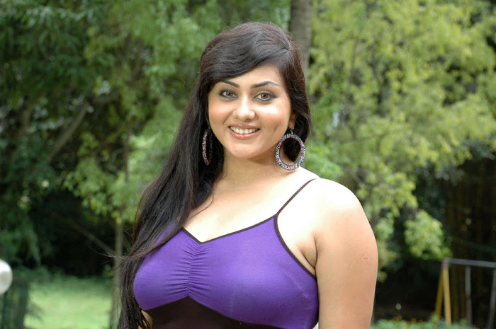 namitha new from love college, namitha