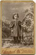 Fotos antiguas extrañas de niños con sus madres escondidas fotos antiguas extra as de ni os con sus madres escondidas