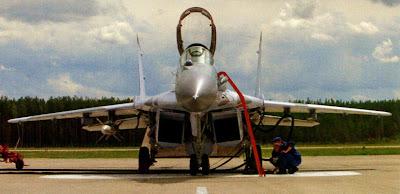 обслуживание истребителя МиГ-29 СМТ