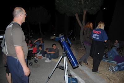 Una noche única en el Cerro de los Ángeles de Getafe. Paco Minaya y Pablo Torres acompañaron la velada.