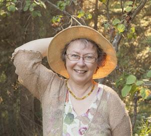 <b>Marcia Laycock<br><i>Canada<i></i></i></b>