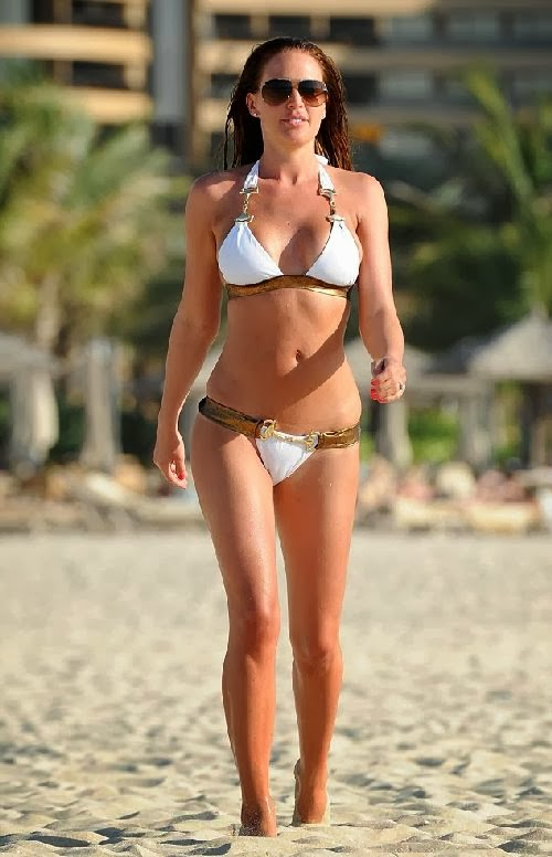 English:Danielle Lloyd White Bikini Dubai January‭ ‬20,‭ ‬2014‭
