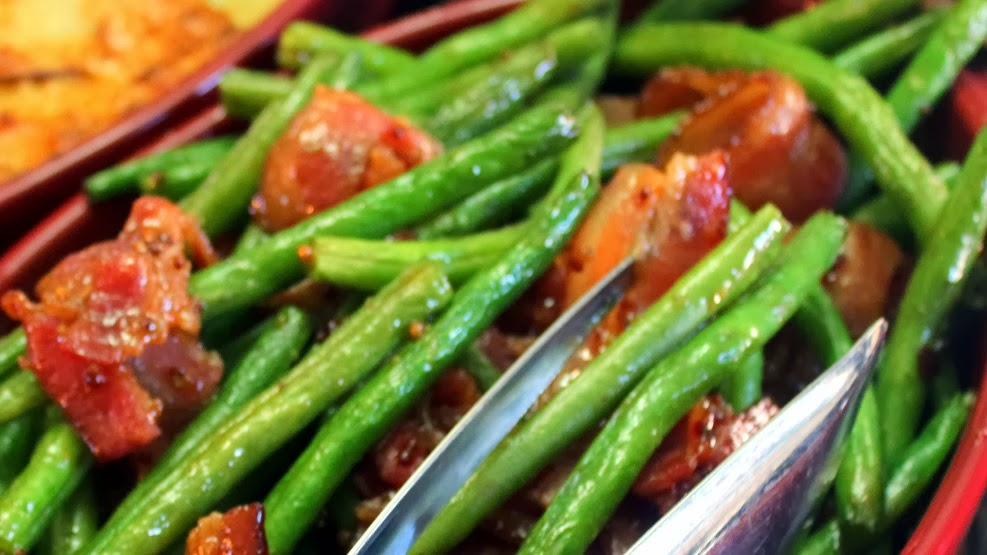 how to cook green beans on the stove with bacon
