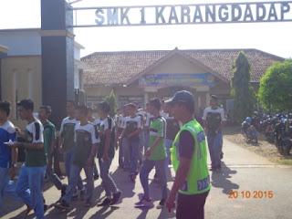 Jalan Sehat SMK Negeri 1 Karangdadap