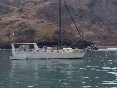 how to anchor in catalina harbor