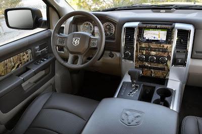 Dodge RAM 2012 Interior