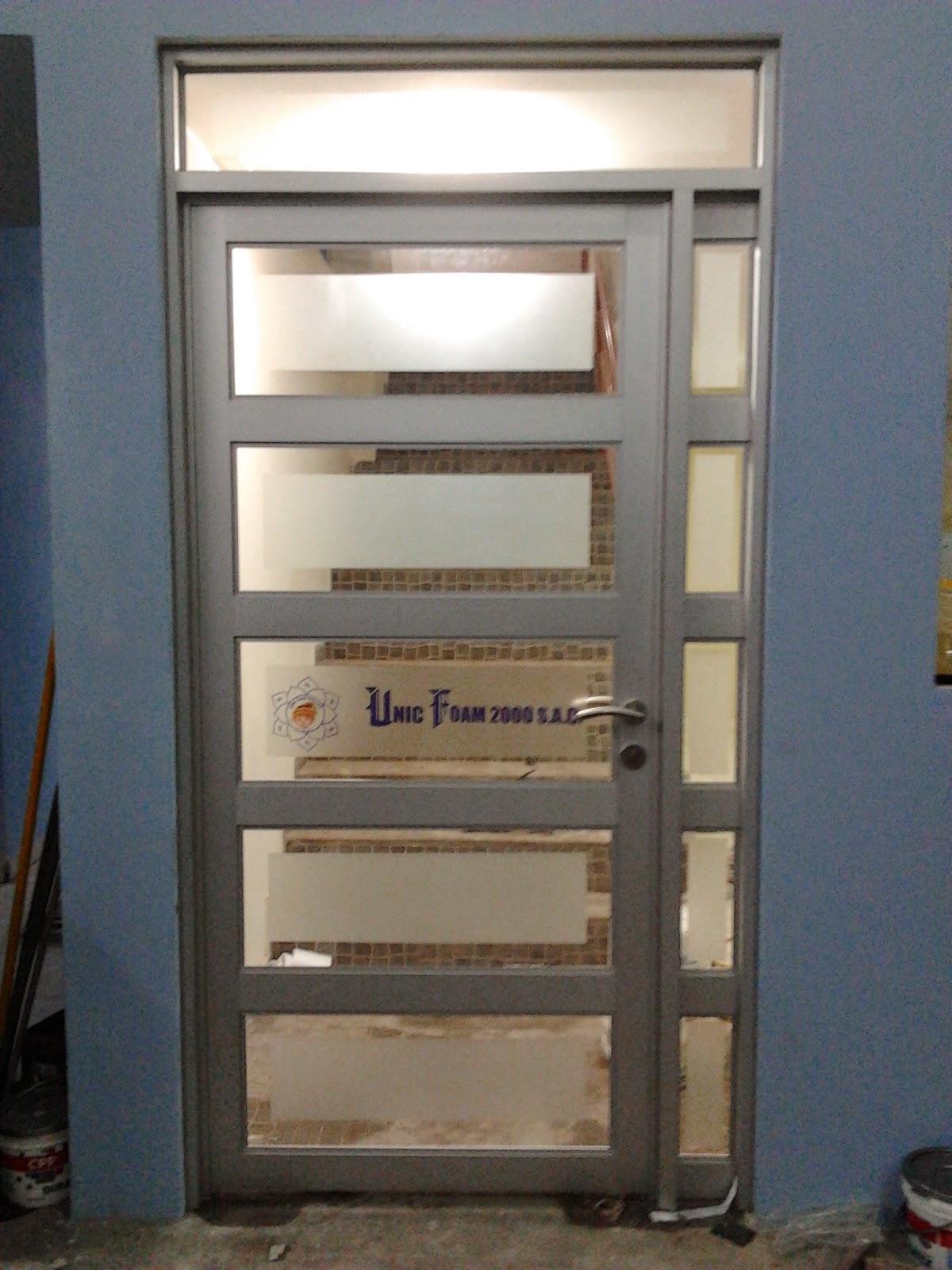 Imagenes de puertas de aluminio para interiores puertas a for Puertas de aluminio para interiores