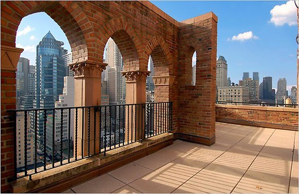 Big apple secrets barbizon club residence for for Model agency apartments
