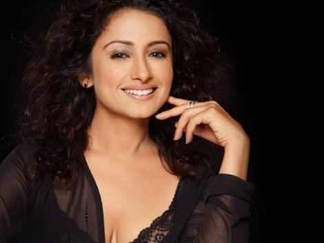 divya-dutta-hot-in-black-dress
