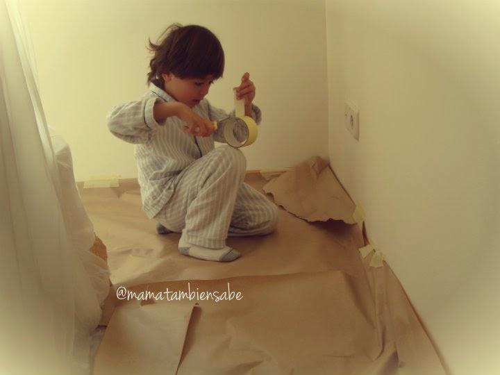 Niño pintor ayudante