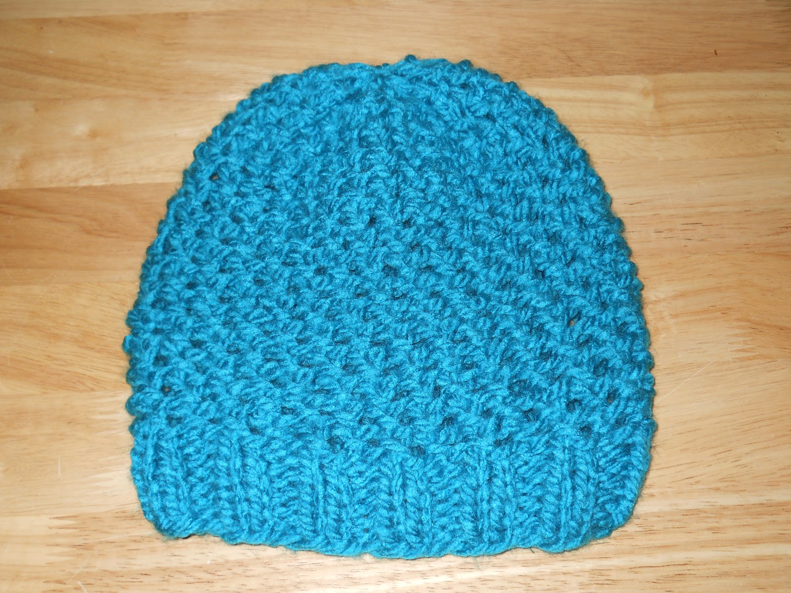 Knitting with Schnapps: Crossed Comfort Cap