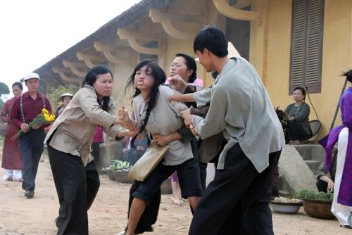 Model Vietnam,Elly Tran Dibelasah kerana Mencuri (10 Photos) - Asian ...