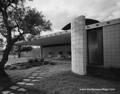 Residencia de estilo Moderno con perfil contemporáneo en San Diego, California, año 1963