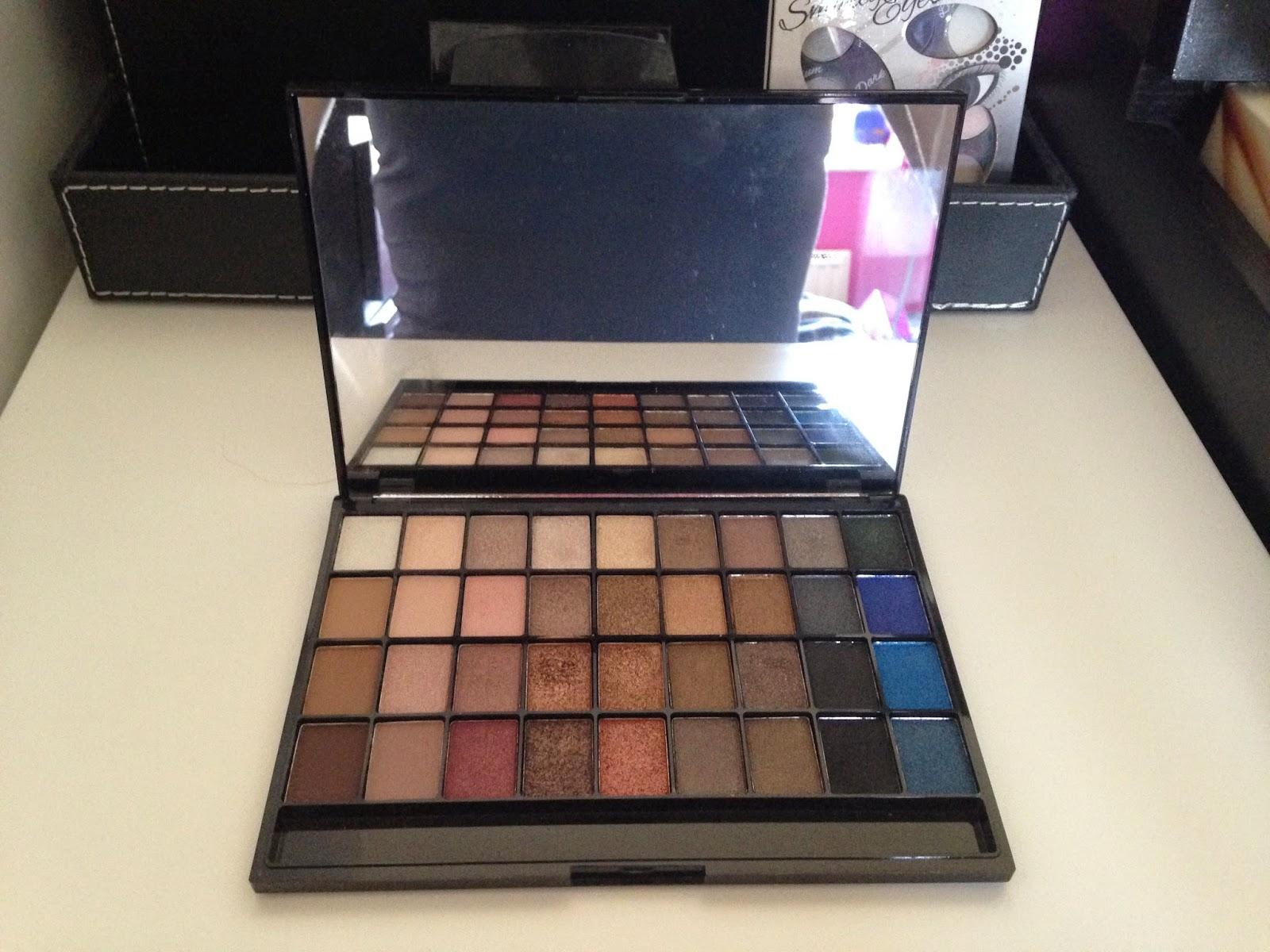 Explicit Content Palette I ♥ Makeup