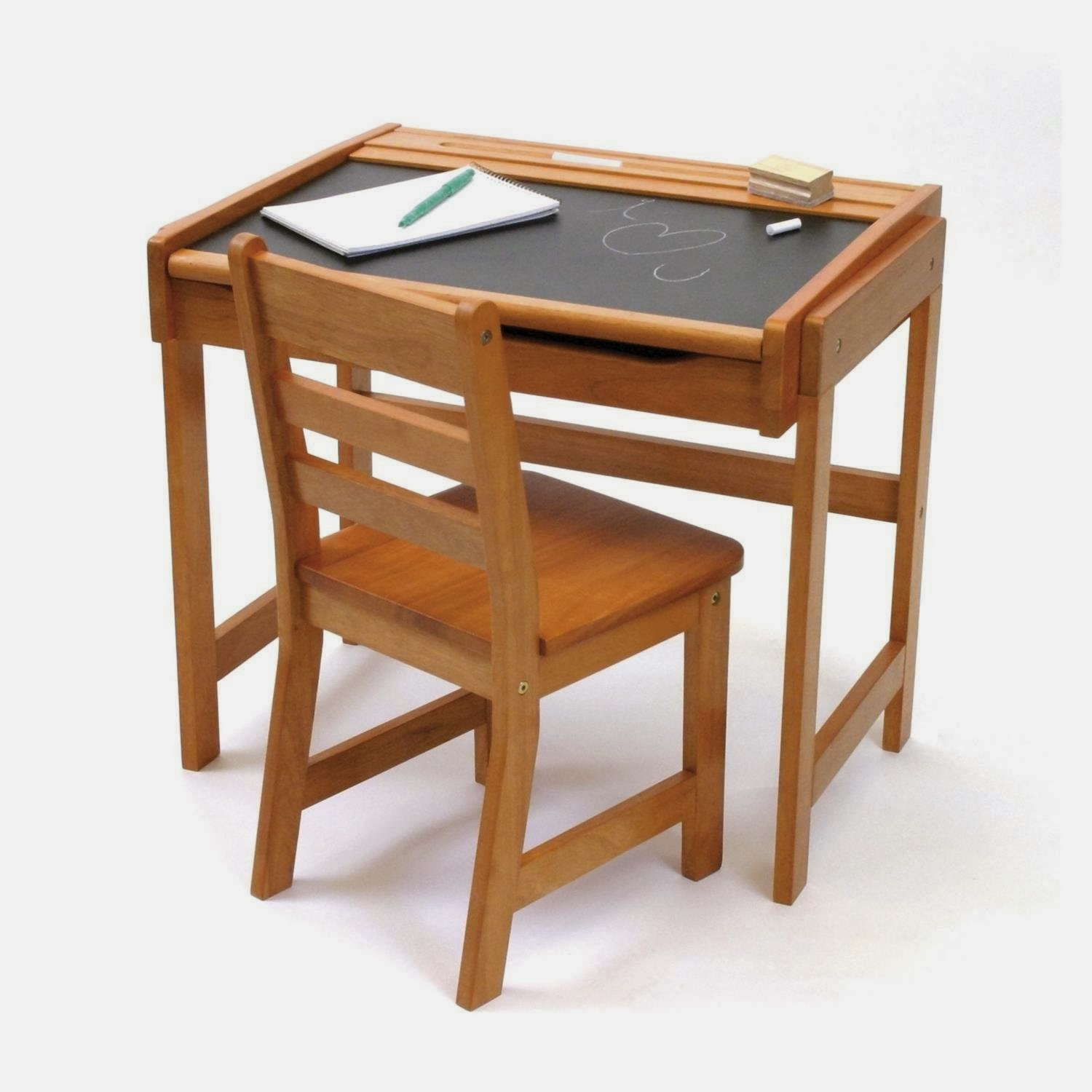 Child Desk and Chair Set 1500 x 1500
