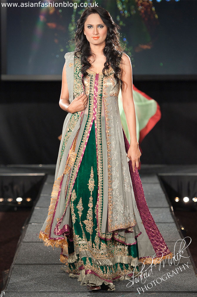 Pakistan Fashion Extravaganza 2011 - First look at the Pakistani designer collections