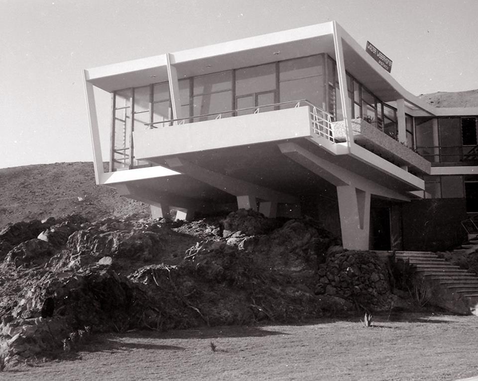 La forma moderna en latinoam rica casa lercari for Casa moderna 9 mirote y blancana