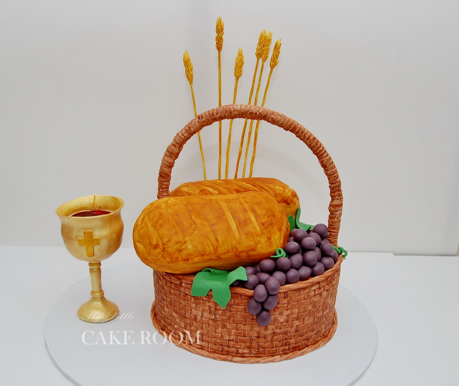 - Holy Communion Cake - 3D