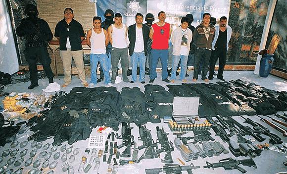 Barang bukti penangkapan gang Los Zetas