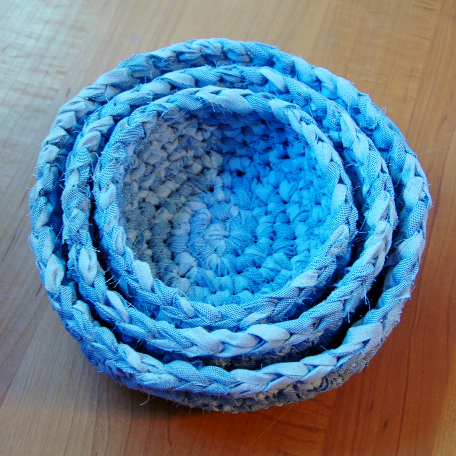 Green Crocheting: Fabric Nesting Baskets Pattern - Petals to Picots