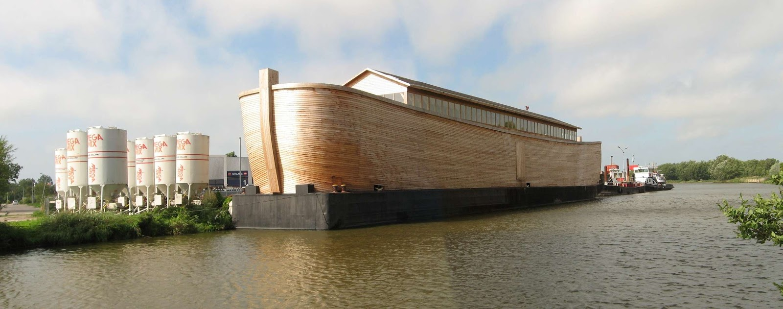 Reprodução real da Arca de Noé