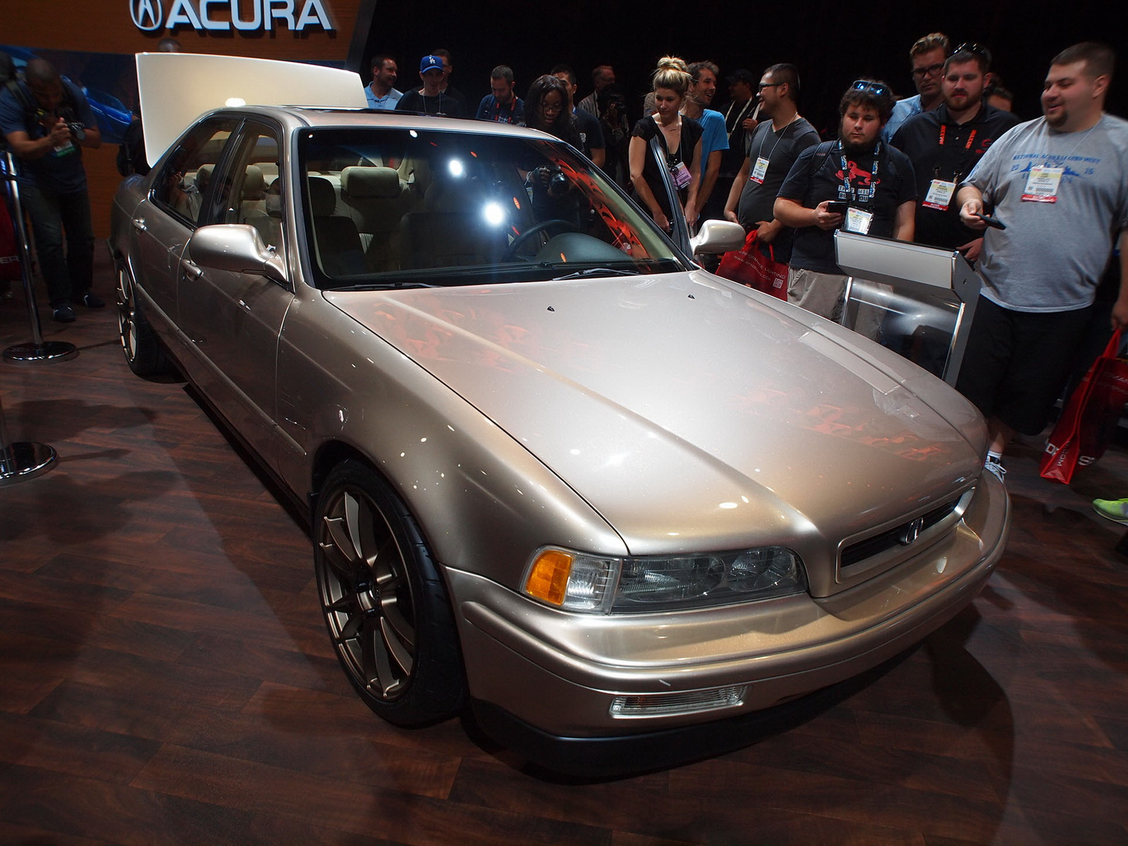 Ludacris Gets His 1993 Legend Restored By Acura W Video