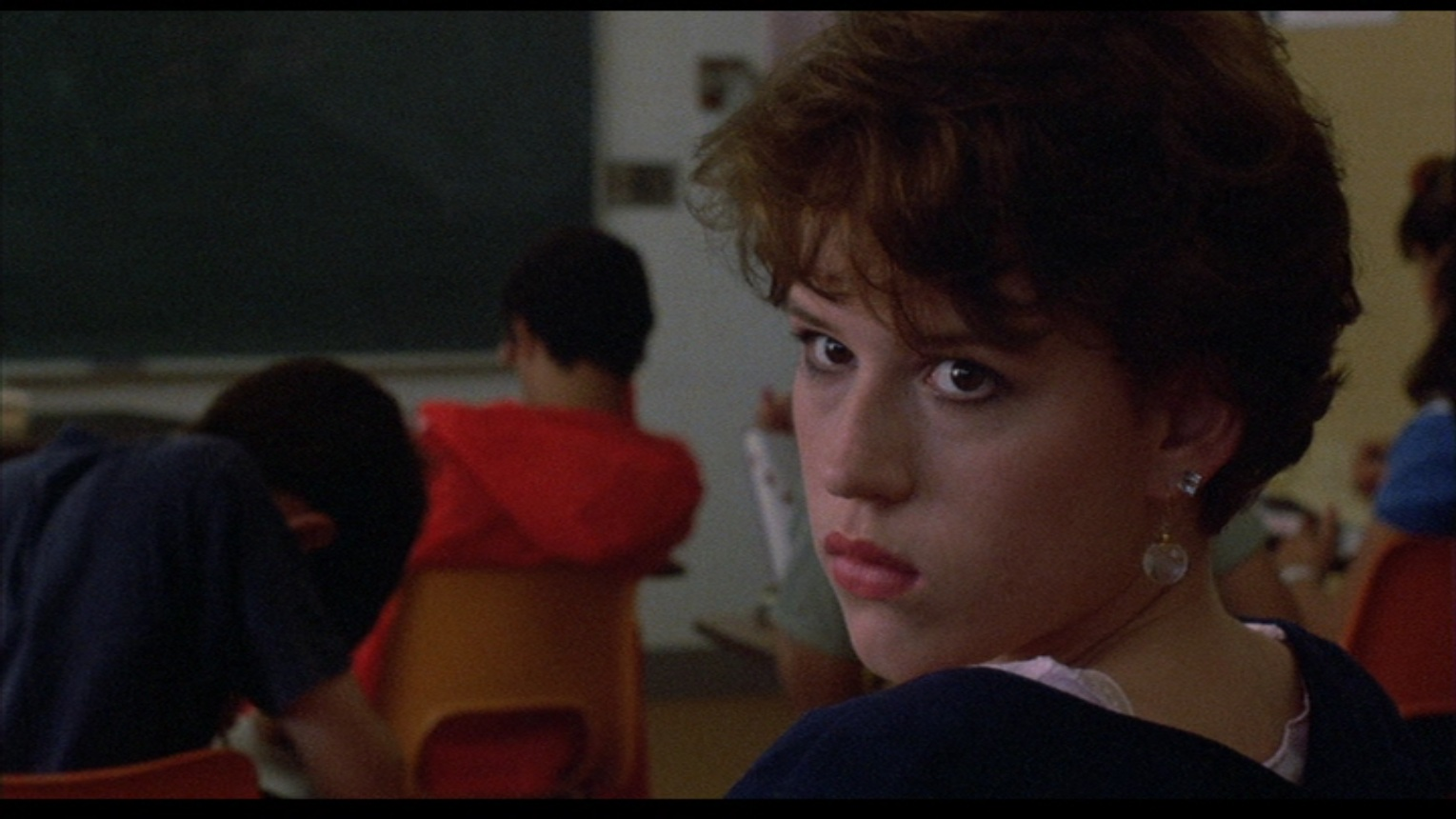 an analysis of the movie sixteen candles The sixteen-year-old has a crush on the most popular boy in school, and the geekiest boy in school has a crush on her her sister's getting married, and with all the excitement the rest of her family forgets her birthday.