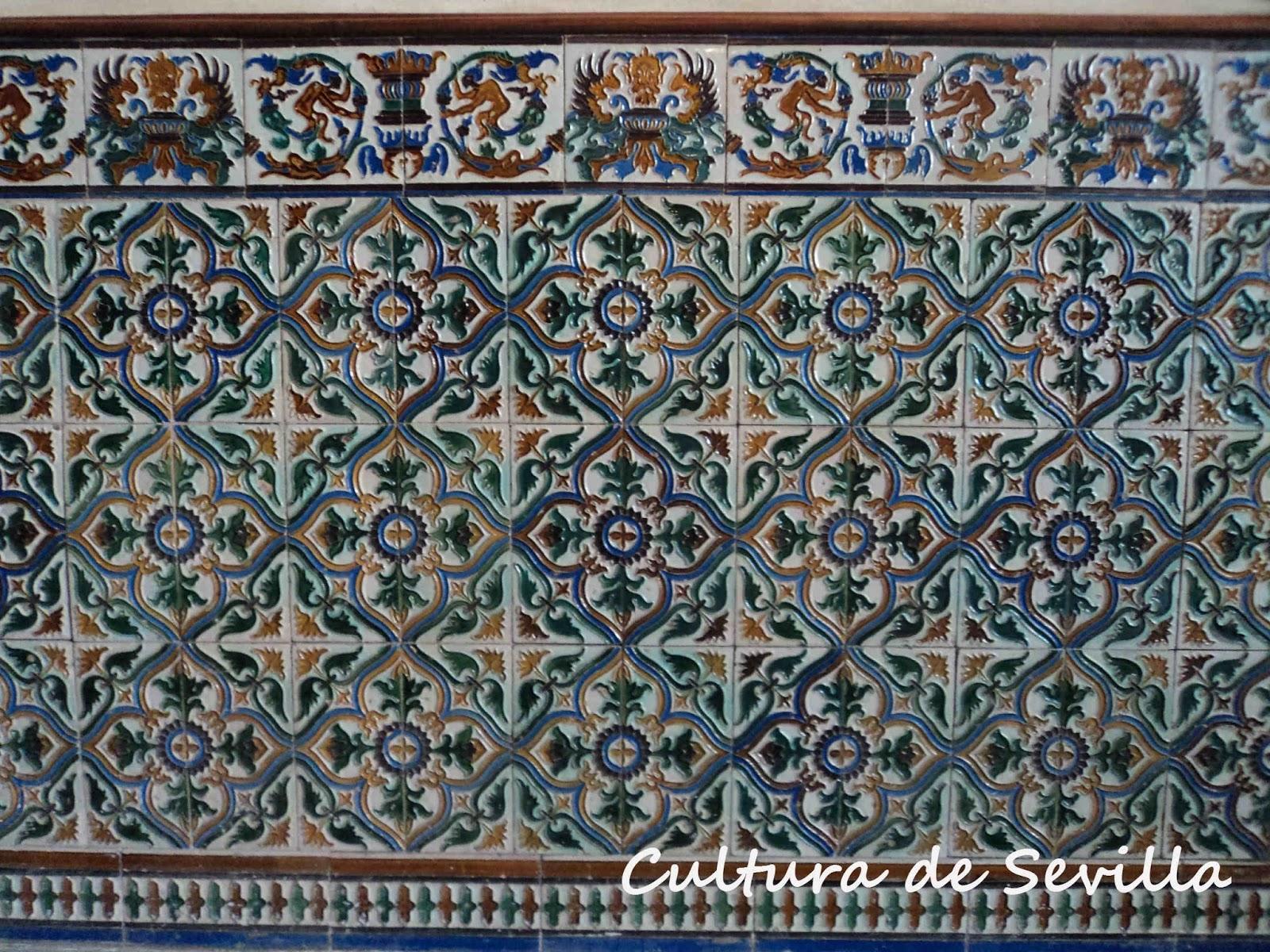 Cultura de sevilla azulejos sevillanos en la casa for Casa de azulejos cordoba