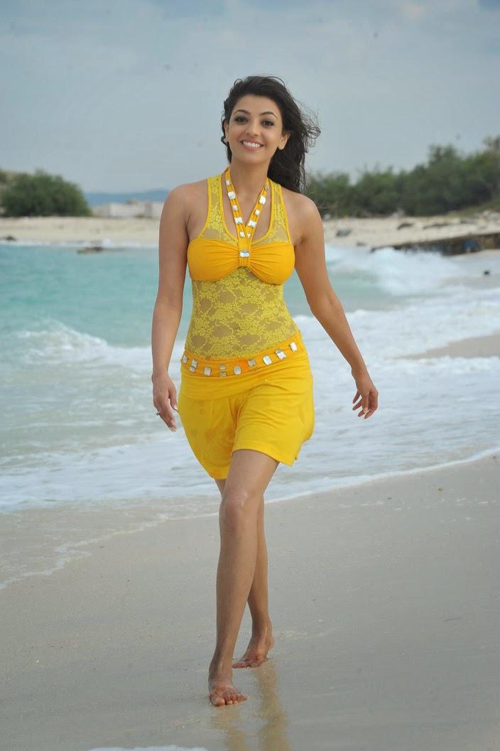 Kajal Agarwal Hot Wallpaper in Bikini