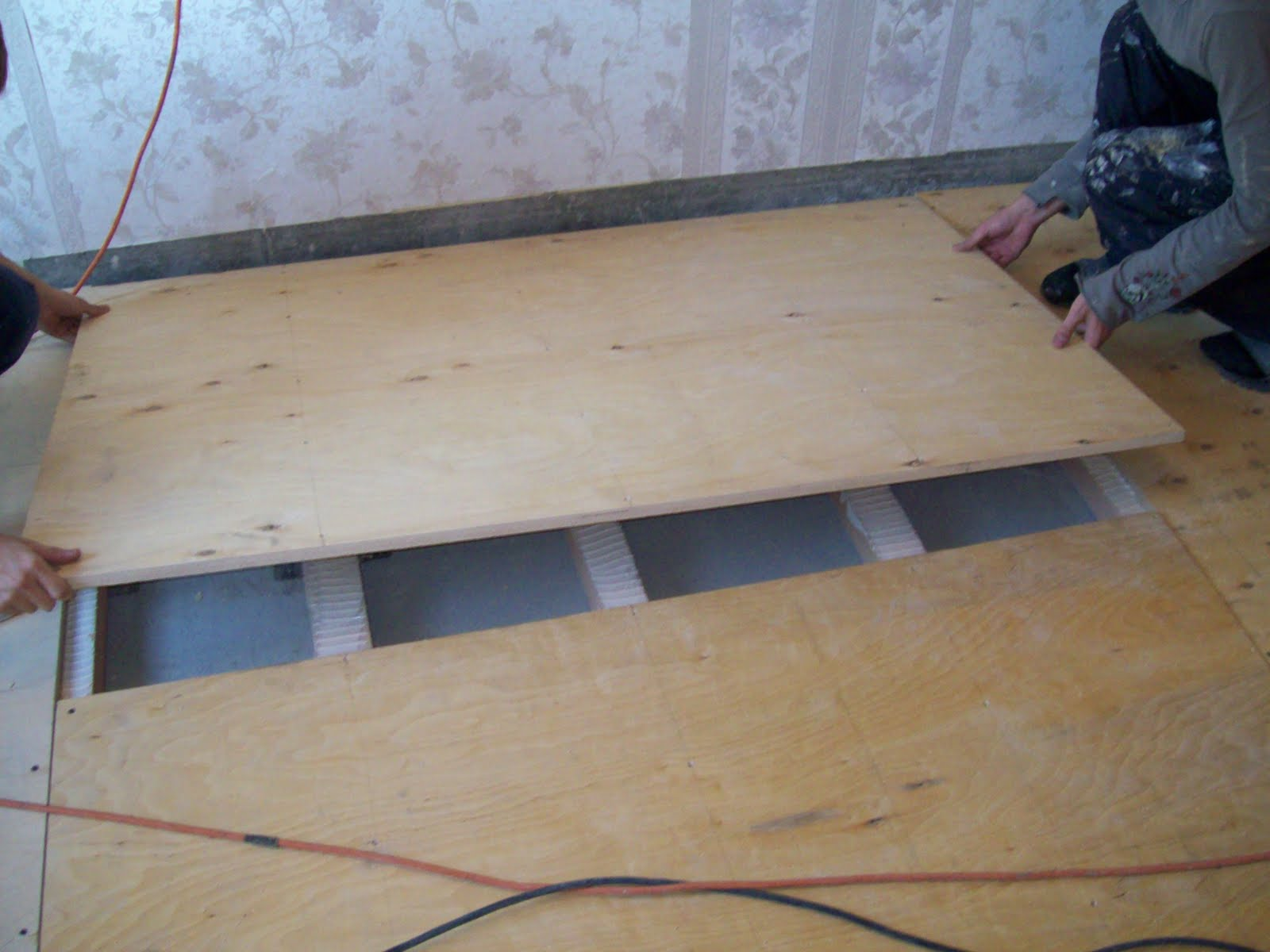 Укладка фанеры на бетонный пол своими руками: крепление 53