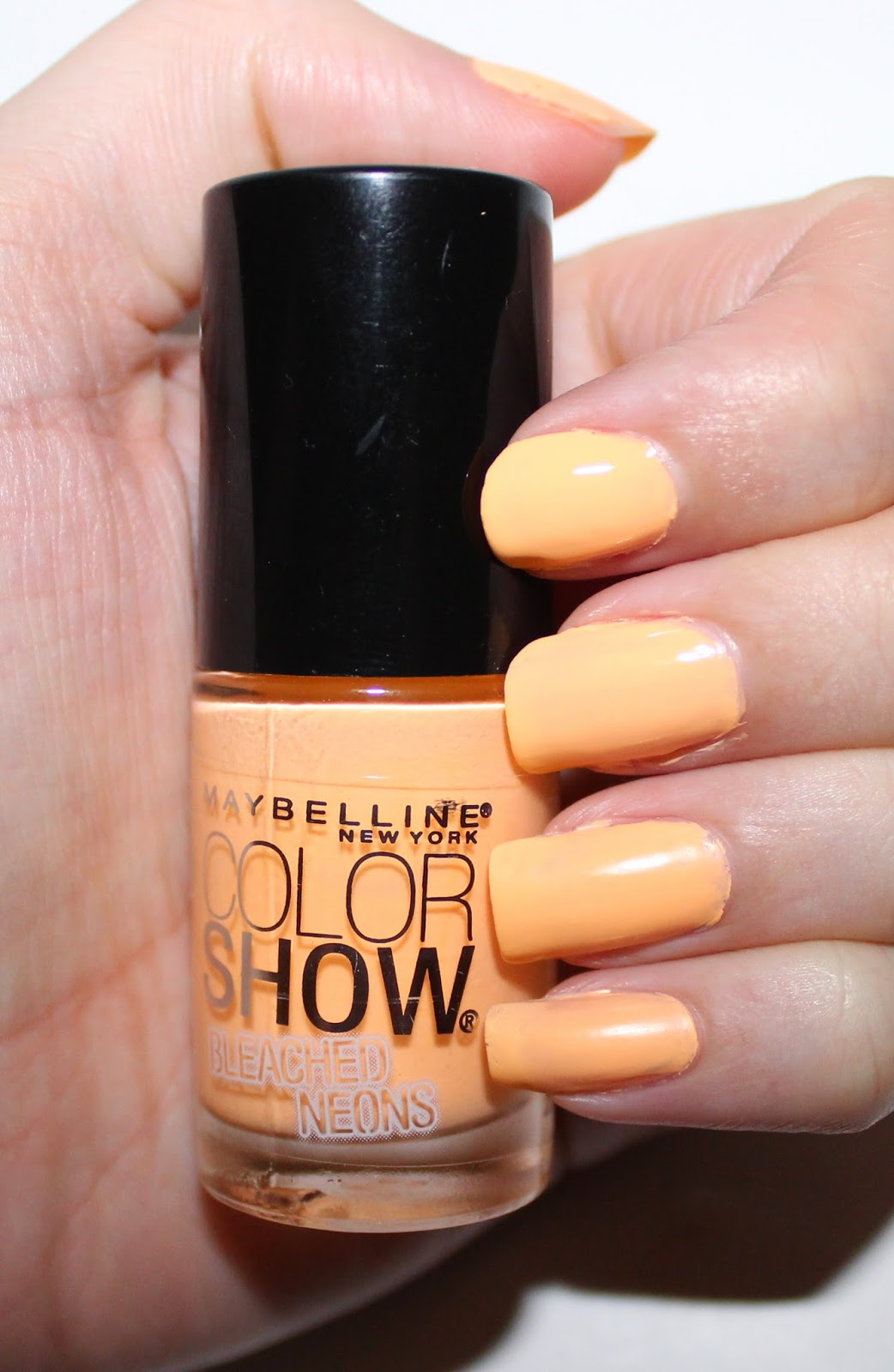 Maybelline Bleached Neons Bleached in Peach Swatch