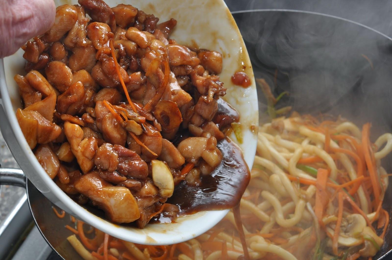Hoisin Chicken Noodles ~ Simple Food