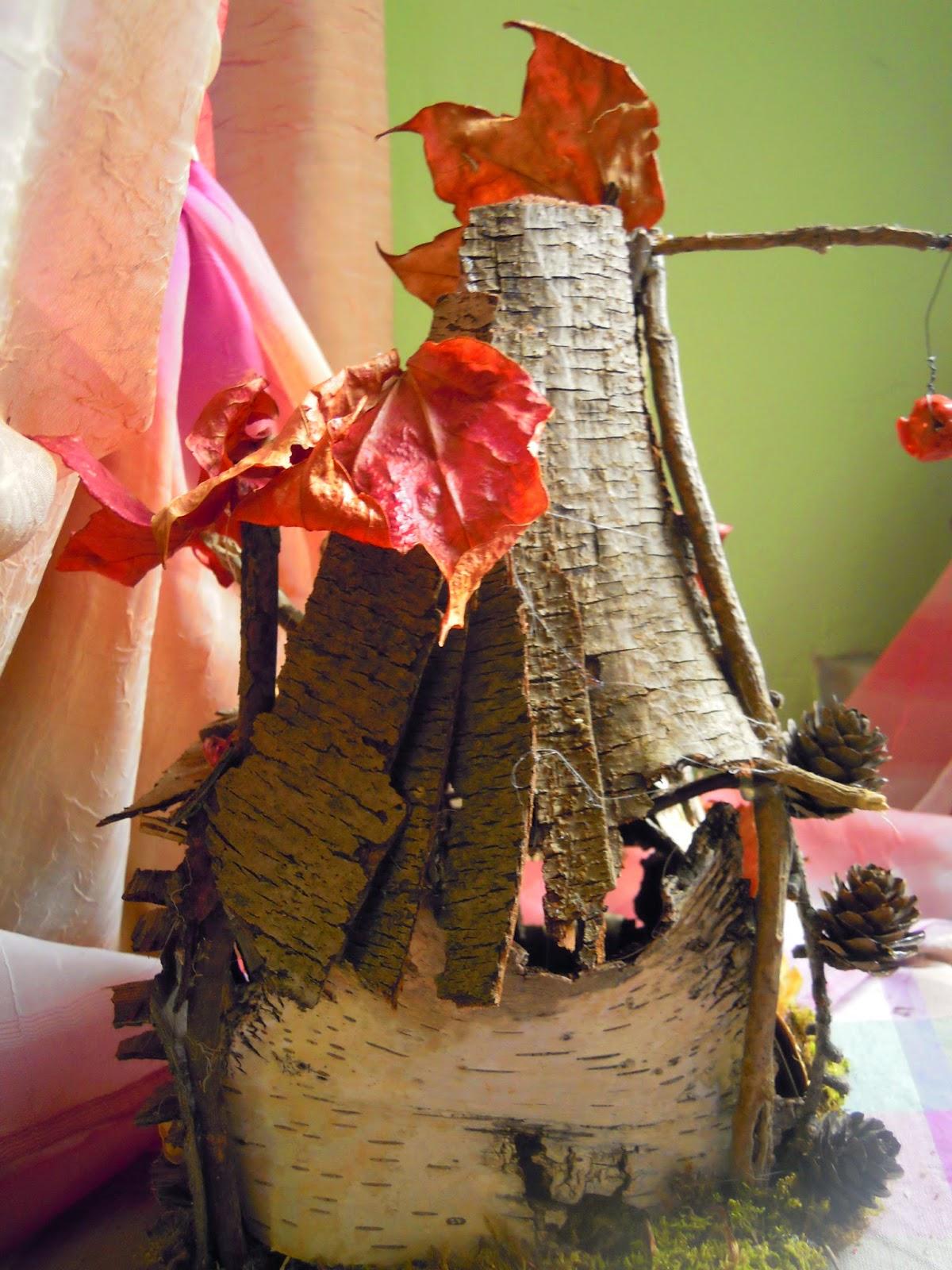 I folletti di bosco fatato case fatate in legno - Oblo tetto casa ...