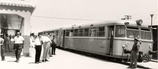 Automotor 591 renfe ferrobus carriles de oro - Autobus madrid puerto de santa maria ...